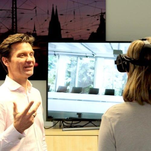 Betreuung der Teilnehmer während der Veranstaltung an der VR Station